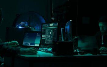 wadukuzi hackers iphone karma