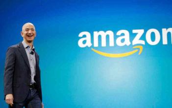 Jeffrey Preston Bezos, mmiliki wa Mtandao wa Amazon