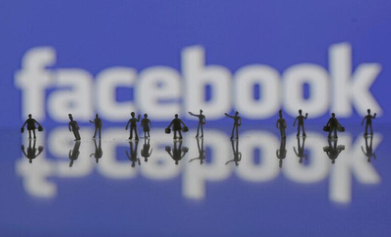 kwa-nini-facebook-inatumia-rangi-ya-bluu