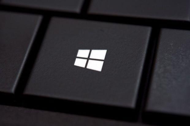 Kwanini Keyboards Nyingi Zina Logo Ya Microsoft (Windows)?!
