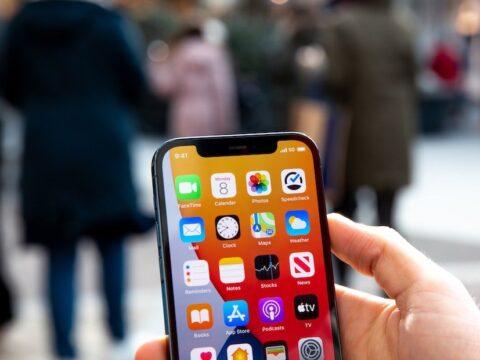 Apple washika namba moja kimauzo robo ya mwisho ya 2020, Huawei waporomoka sana